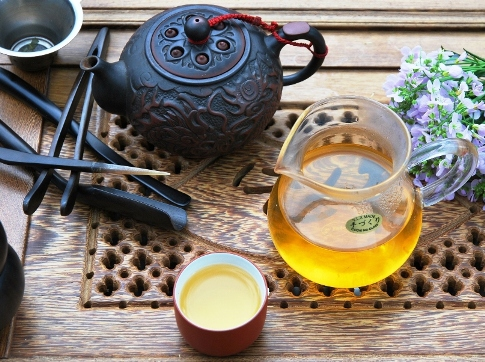 DMS 4-Season Si Ji Chun Oolong tea in Gong Fu Cha style preparation