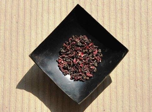 Jin Xuan Black Pearls / Roselle Hibiscus Tea Creation