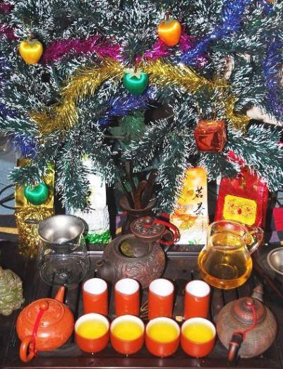 Family Christmas Tea Tree, Chiang Mai, December 2013