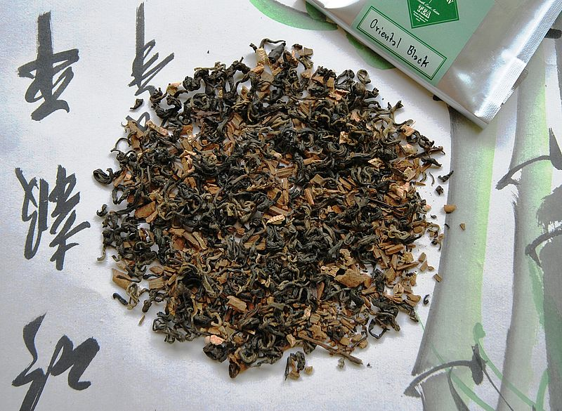 Oriental Chai - classic Chai tea blend - spices on on black tea basis